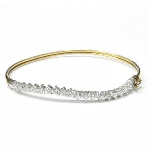 9ct Gold Cubic Zirconia Curved Bangle